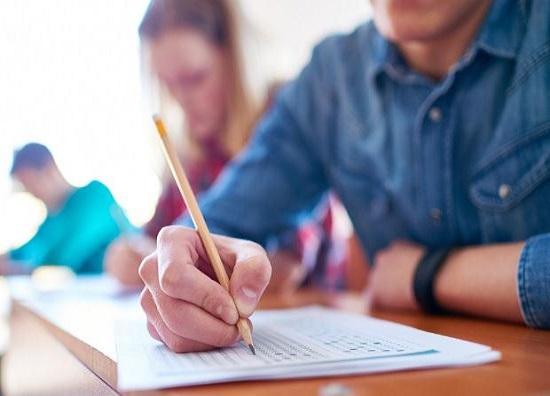 Πανελλαδικές 2021: Από 8 έως 19 Μαρτίου οι δηλώσεις των αποφοίτων ΓΕΛ και ΕΠΑΛ